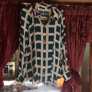 Free people blouse, hunter green with 🌹